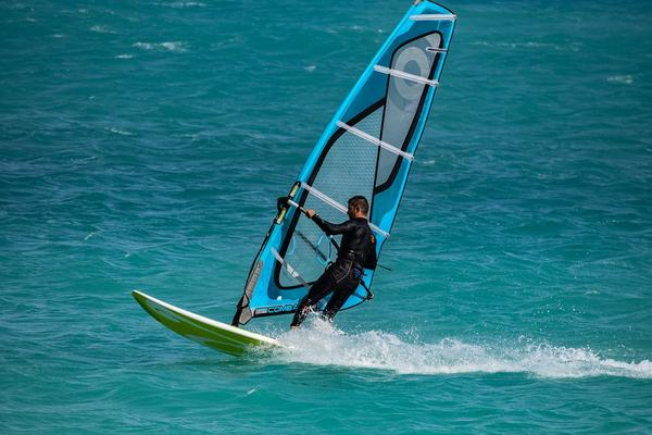obozy windsurfingowe na półwyspie helskim