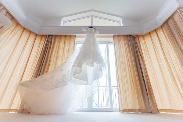 Wybieramy suknię ślubną dla niskiej panny młodej